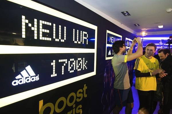 Quand adidas boost Paris, ça donne 1700 km de course ! bc3a3d4bcb6f