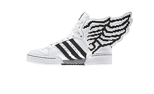 Adidas Wings 2 Pixel by Jeremy Scott : la chaussure pour les geeks