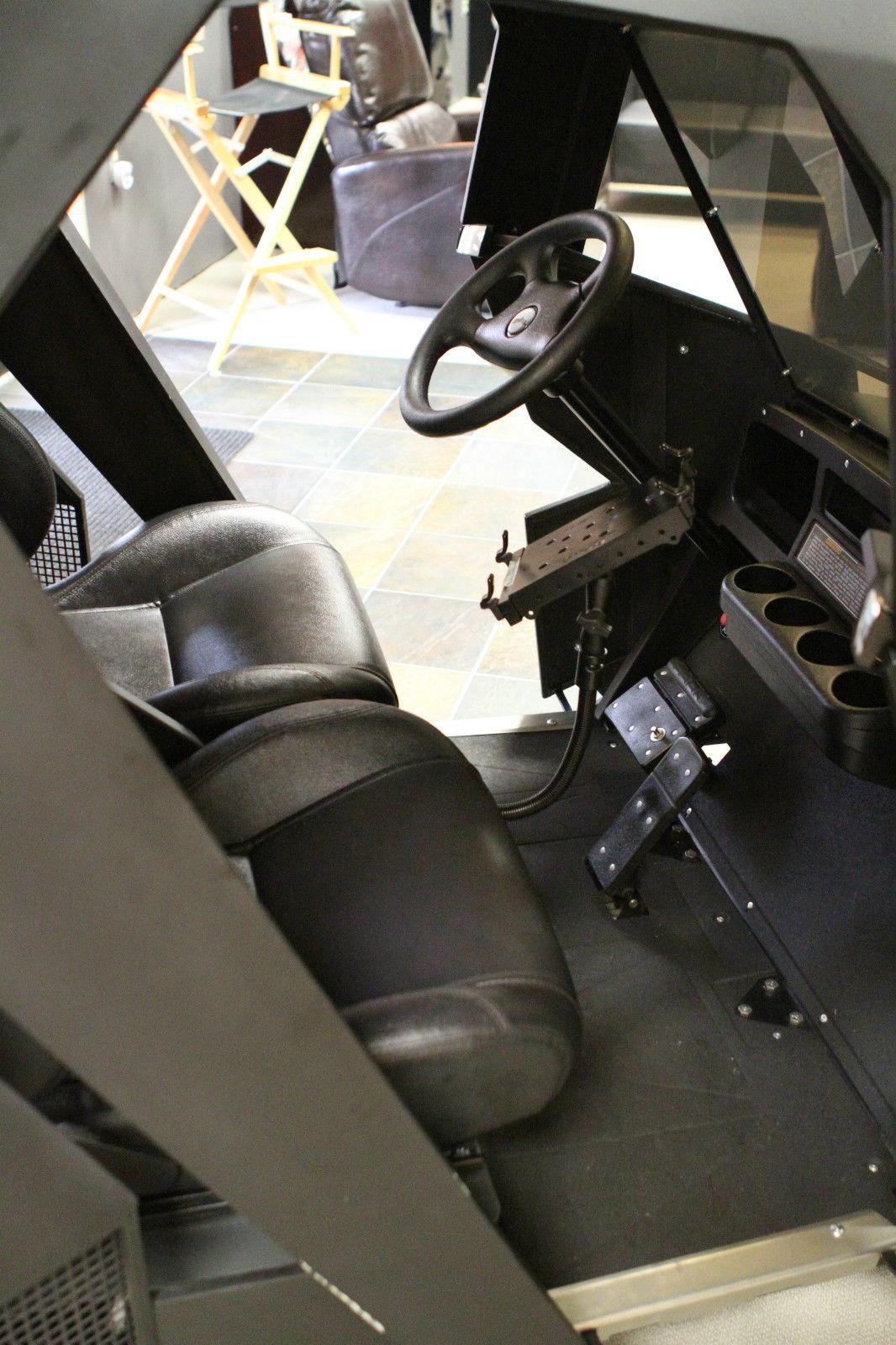 voiture-golf-batman-interieur