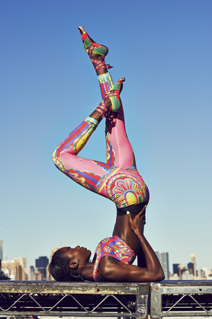 Nike_Tight_of_the_Moment-Magical_Kaleidoscope (2)