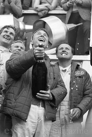 champagne-dan-gurney-lemans-1967-2