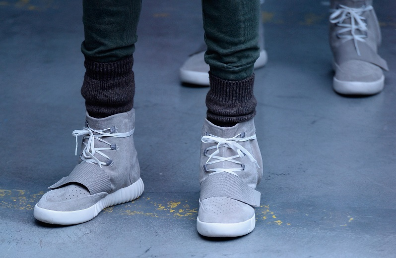 1C'est Collection Yeezy The La To Originals Season Back Future Adidas QhrCxBosdt