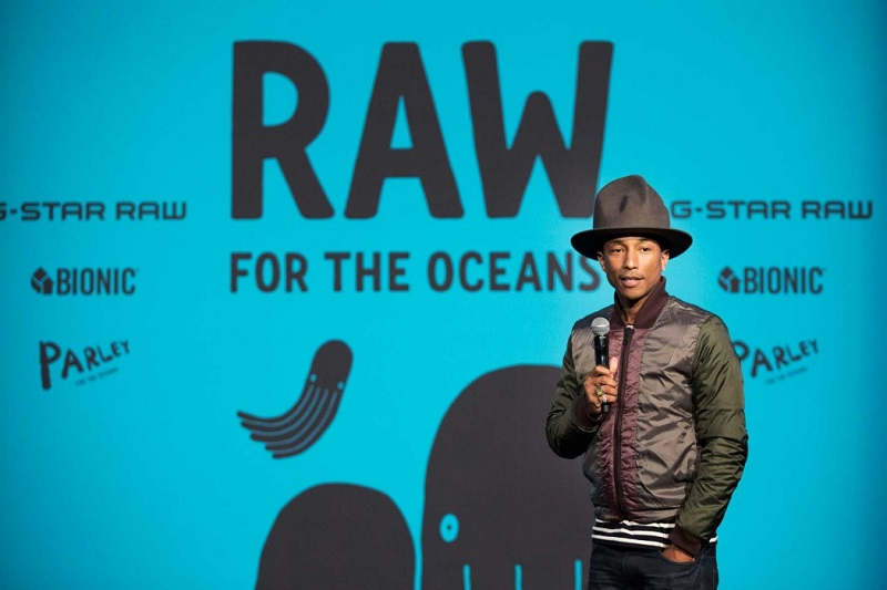 "Pharrell Williams à la présentation de ""G-Star Raw for the Oceans"""