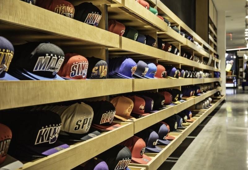 a5bc4070fb804 NBA : la casquette, indispensable pour avoir du style