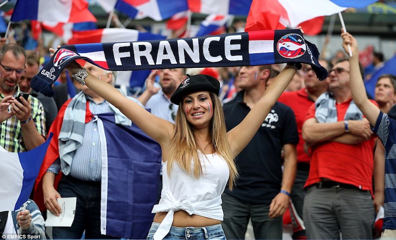 france jolie supportrice