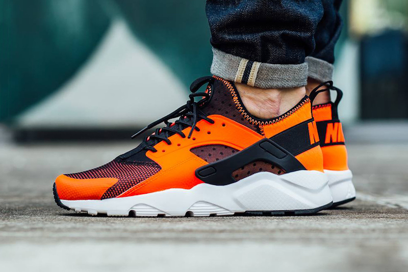 Nike Air Huarache Run Ultra orange