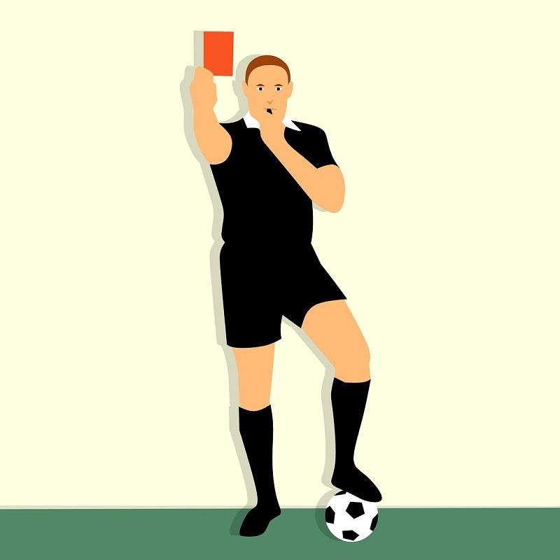 arbitre de foot carton rouge