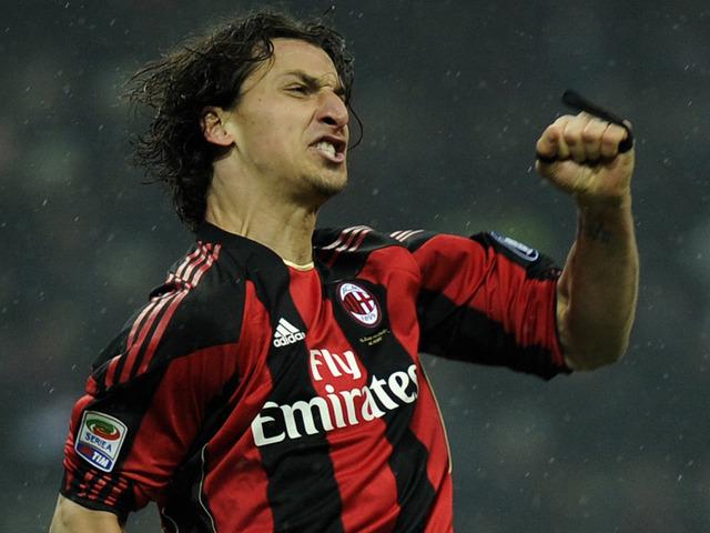 Ibrahimovic porte le maillot de l'AC Milan
