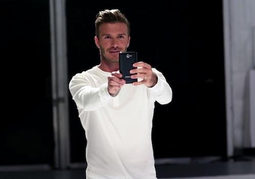 David Beckham joue de la musique avec ses pieds
